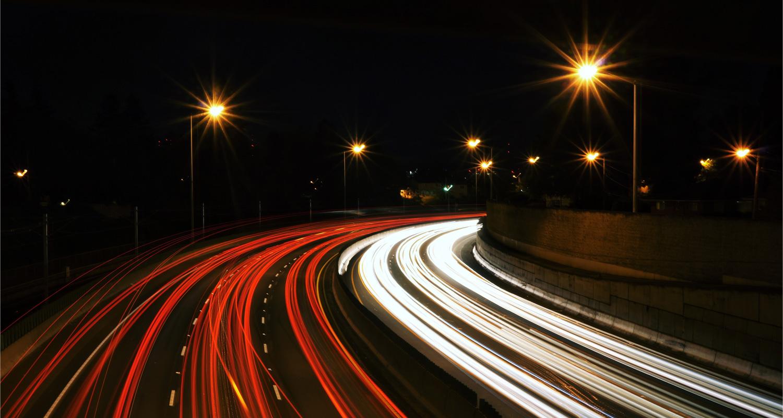 Transportes com rapidez e eficiência.